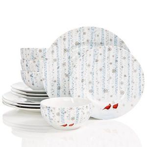 222 Fifth Cardinal in the Woods Dinnerware Set